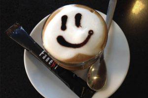 Cafe Espresso con dibujo de sonrisa - Cafe Fanessi